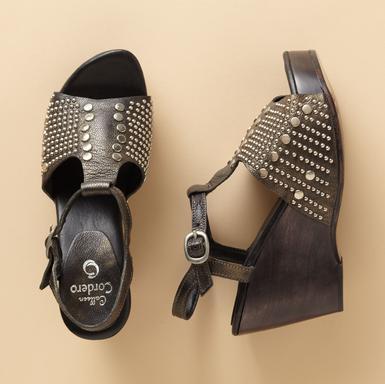 4e19fa37880d brandisue2001 – Page 14 – Lucky Girl Shoes